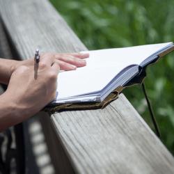 ライフログを楽しく続けるために四行日記とそうじゃない日記を使い分けてみる